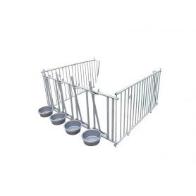 Metalen hekwerk met 4 emmers