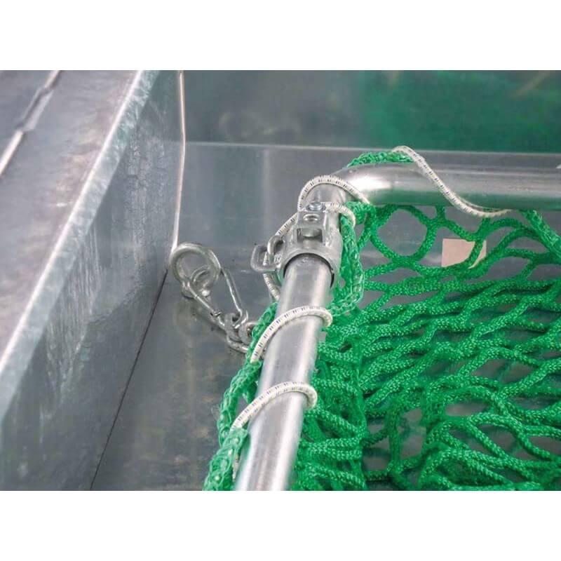 Frame voor voerbesparend hooinet voor Patura grote balen ruif